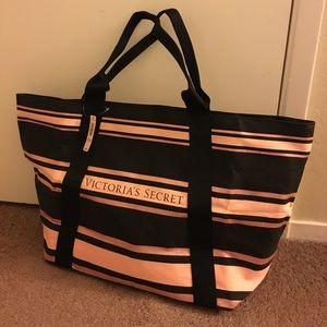 NWT Victoria's Secret Shoulder Bag